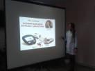 Врач-эндокринолог читает лекцию